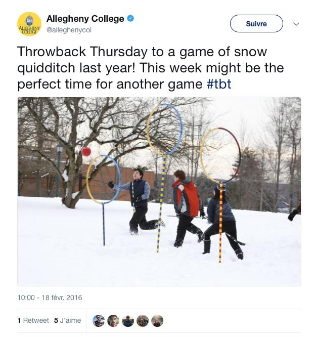 """""""Throwback Thursday sur un match de snow quidditch l'année dernière ! Cette semaine est le moment parfait pour un nouveau match #tbt"""