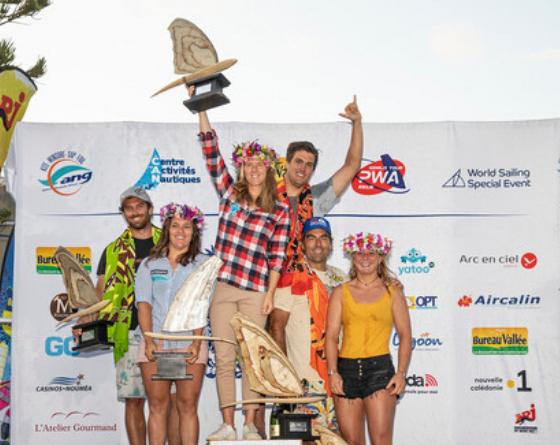 Windsurf - Delphine Cousin-Questel et Pierre Mortefon champions du monde en slalom