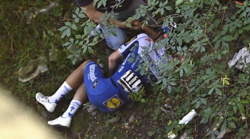 Remco Evenepoel victime d'une lourde chute sur le Tour de Lombardie