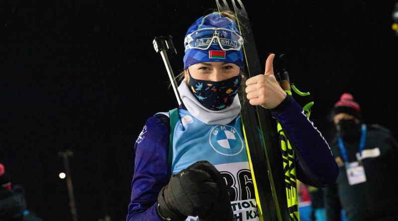 Hochfilzen : Dzinara Alimbekava s'impose sur le sprint, Julia Simon 6ème