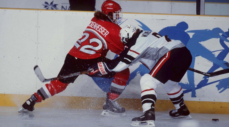 8 février 1998 - Premier match de hockey féminin aux Jeux Olympiques