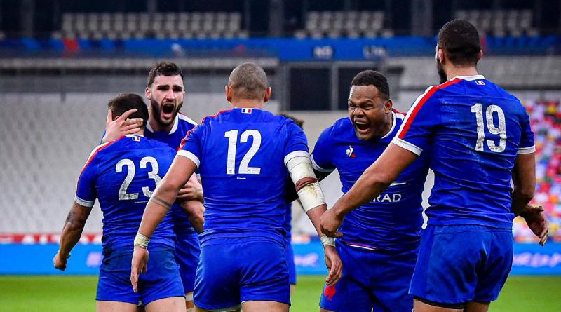 Rugby - Tournoi des 6 Nations - La France s'impose face au Pays de Galles et reste en vie
