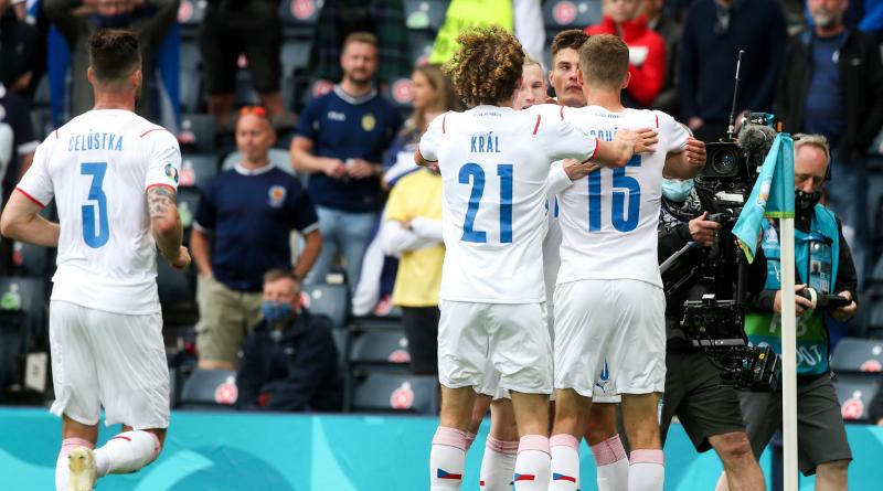 Euro 2020 - Patrik Schick et la République Tchèque douchent l'Écosse