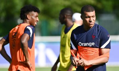 Kylian Mbappé - Tu sous-entends que je ne veux pas faire de passe à Giroud