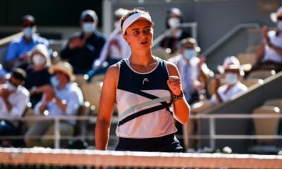Roland-Garros - Krejcikova rejoint Pavlyuchenkova en finale