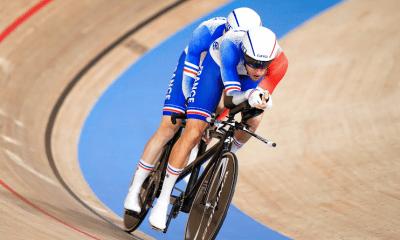 JP - Jeux Paralympiques de Tokyo - Cyclisme sur piste le tandem Lloveras-Ermenault au pied du podium